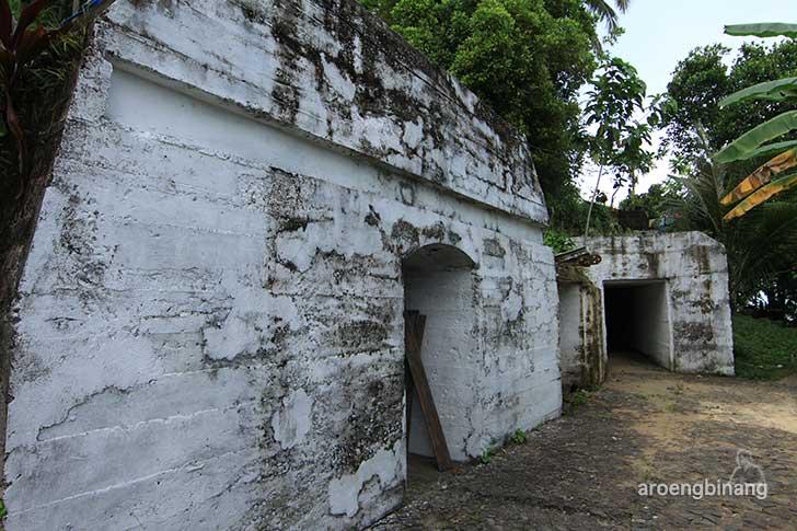 bunker jepang gunung padang