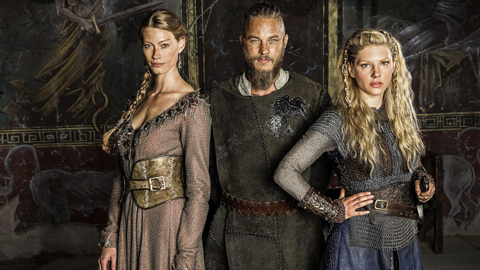 Aslaug, Ragnar y Lagertha en 'Vikings'