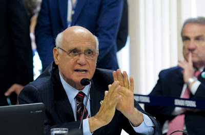 CCJ aprova regras para a demissão de servidor por insuficiência de desempenho