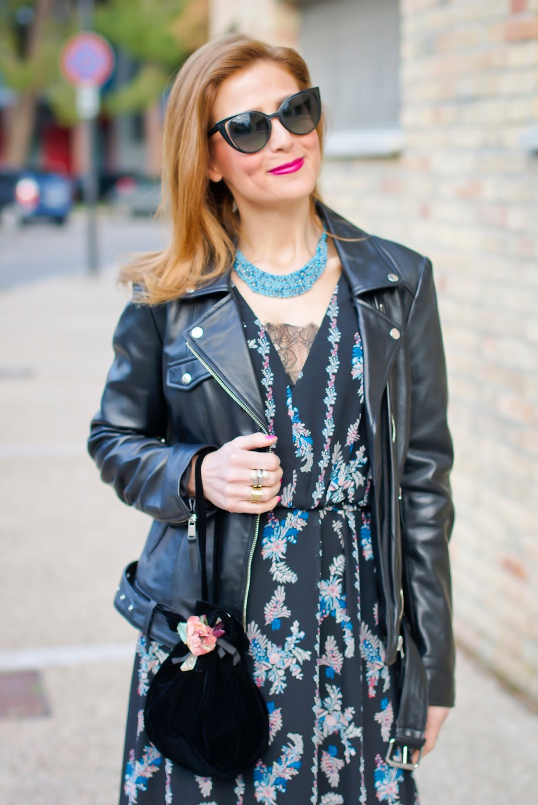 Boho style meets rockstar look with 1.2.3 Paris Babylone dress and Gabriel jacket on Fashion and Cookies fashion blog, fashion blogger style