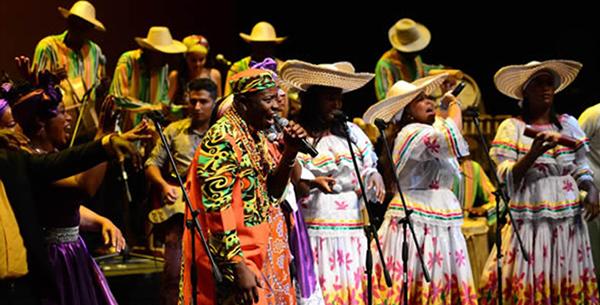 fiestas-tradicionales-imperdibles-América-Latina-almundo-colombia