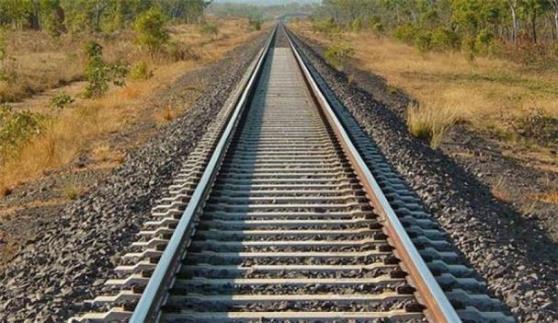 إسرائيل تعتزم الإعلان رسميا عن مشروع لمد سكك حديدية مع دول الخليج عبر الأردن