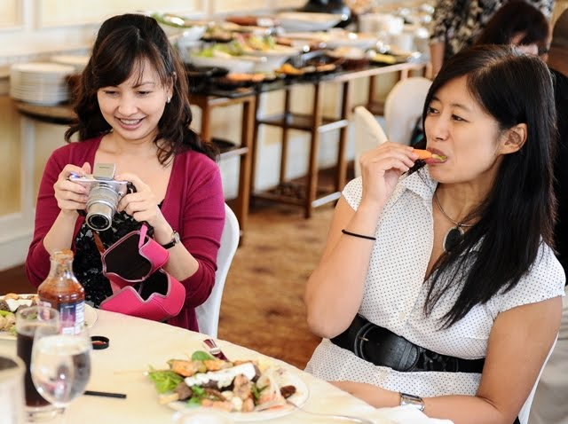 food network asia, neelys, luxury haven