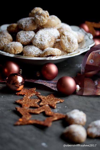 Weihnachtsplätzchen Amarettini