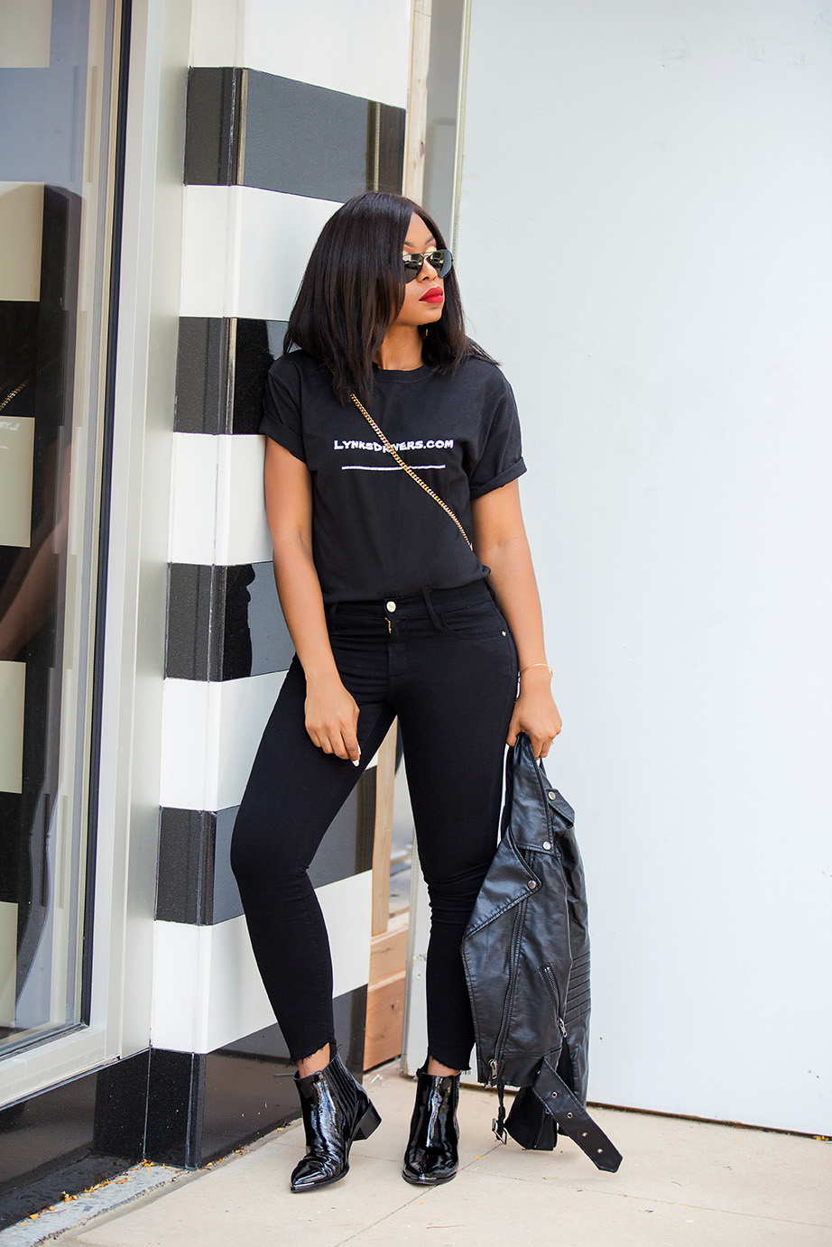 Easy weekend look, jeans and ankle boots, www.jadore-fashion.com