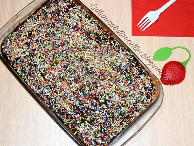 Gâteau froid au flan à la vanille et au caramel