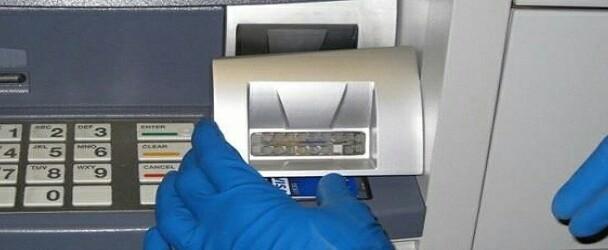 """Waspadai Modus Membobol Kartu ATM Dengan Cara """"Skimming"""" Agar tak Jadi Korban"""