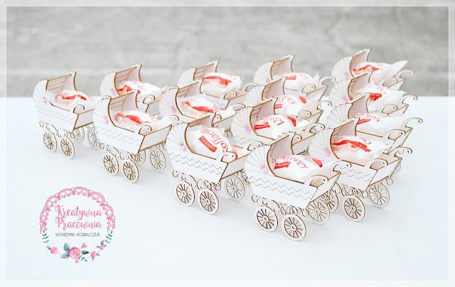 podziękowanie dla gości - wózeczek z cukierkiem