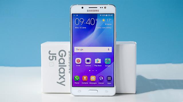 Samsung Galaxy J5 (2016) primește actualizarea la Android Nougat 7.1.1