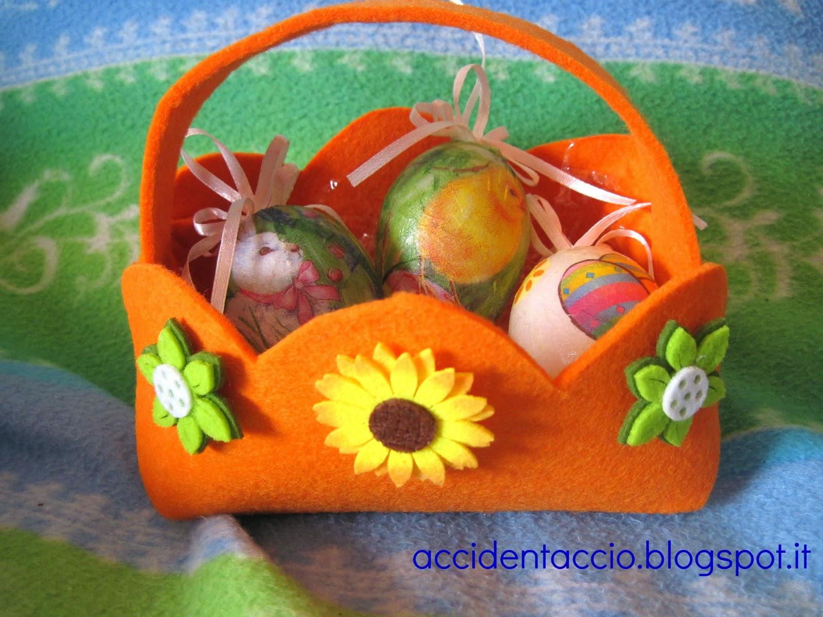 Decorazioni per pasqua cestino porta uova in feltro - Decorazioni per uova di pasqua ...