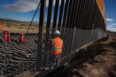 """Trump admitió que podría aceptar la construcción de """"una valla"""". Foto: Reuters"""