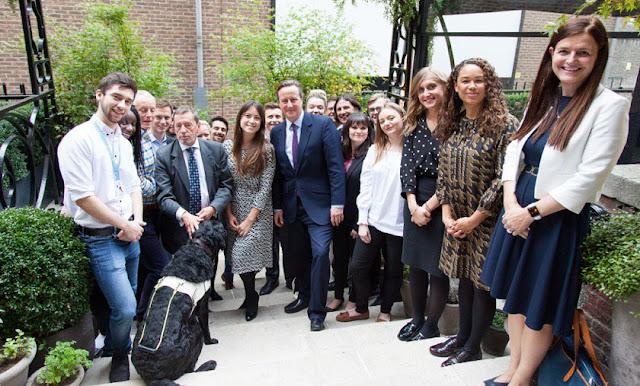 David Cameron:Great to meet  graduates today
