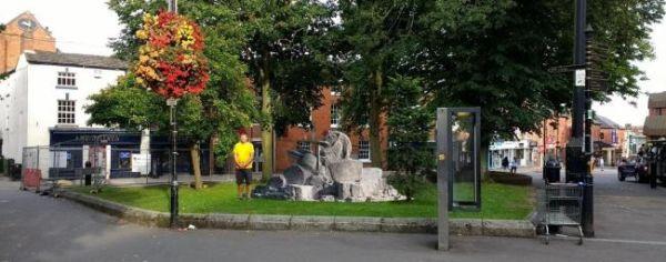 Άγαλμα John Bonham
