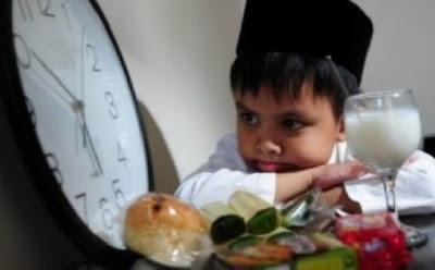 tips cara mengajari anak kecil berpuasa ramadhan
