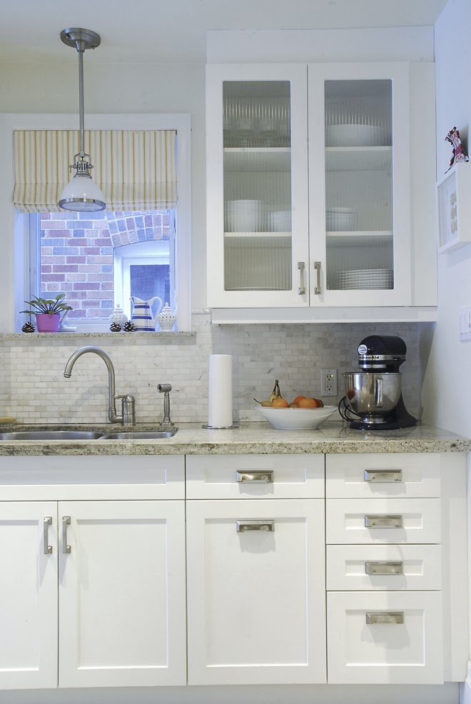 Rambling Renovators | white kitchen shaker cabinet ribbed glass