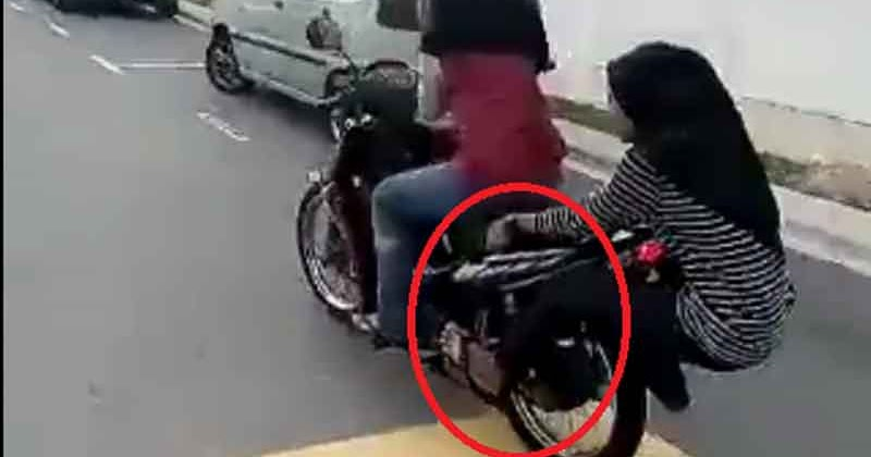 Video Cewe Ugal Ugalan Naek Motor - Portal Berita