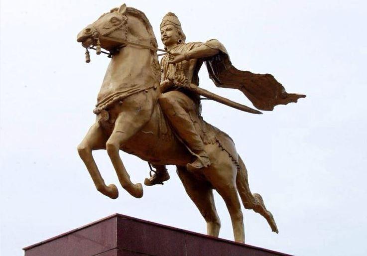 Tamizhan History: Raja Raja Chola- The best of Cholas