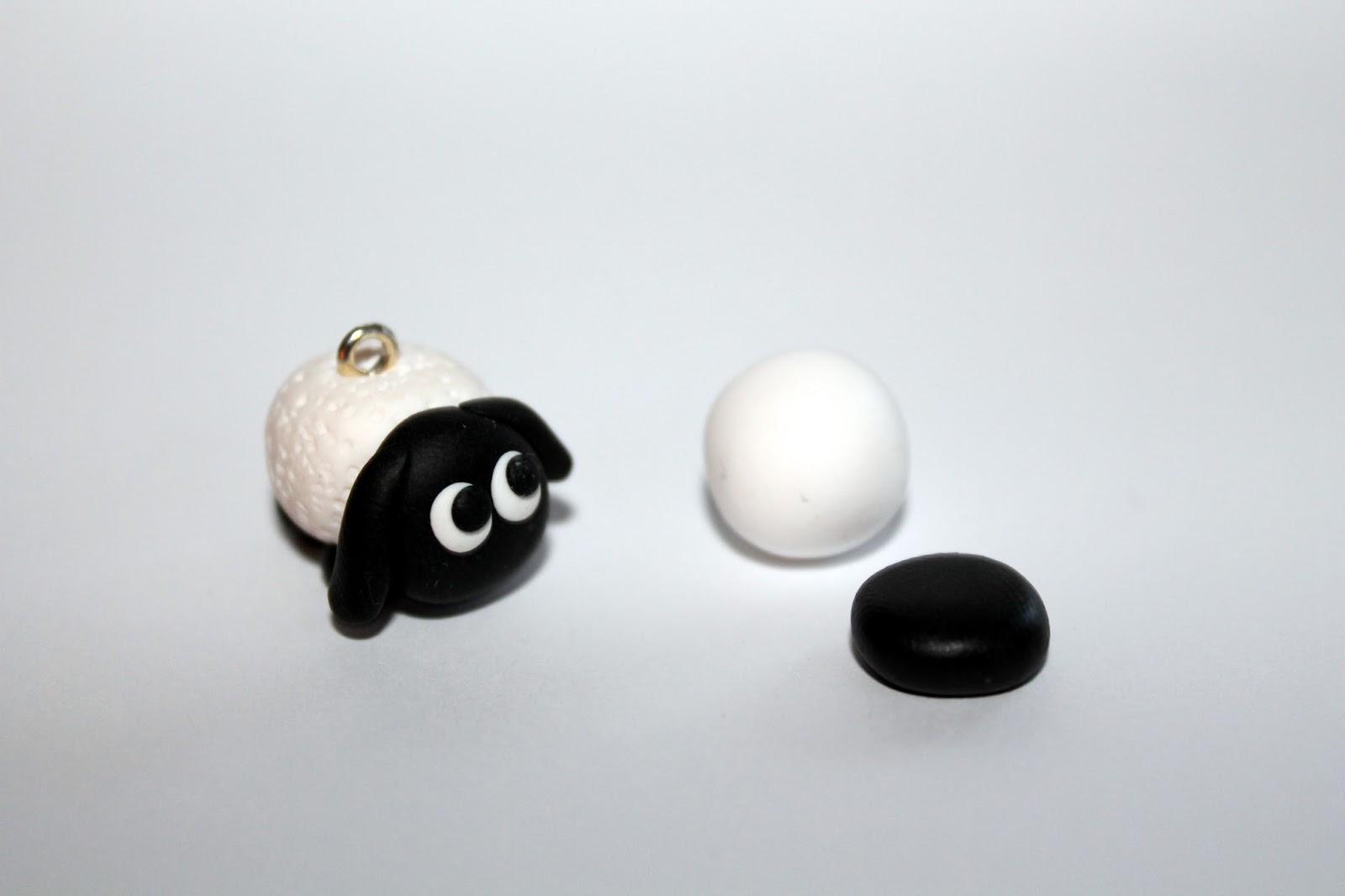 DIY, Basteln: Fimo / Polymer Clay Schaf in Schlüsselanhänger und Kettenanhänger - DIYCarinchen