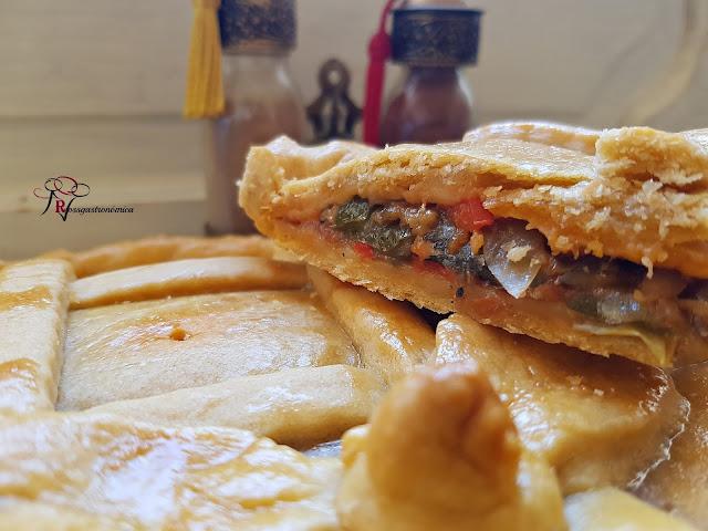 Empanada de sardinas en escabeche