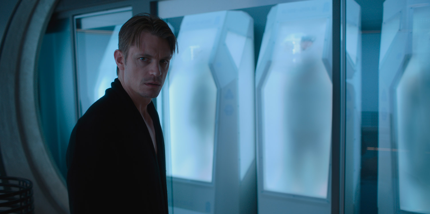 Altered Carbon - serie netflix - Joel Kinnaman