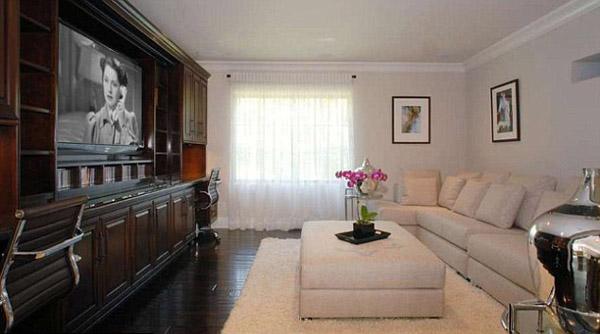 Kim Kardashian's Mansion Interior Design ~ WORLD AMAZING