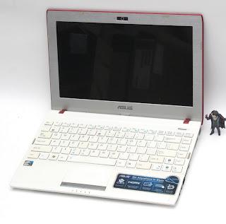 ASUS EeePC 1225C ( Intel N2600 ) 11.6-inchi