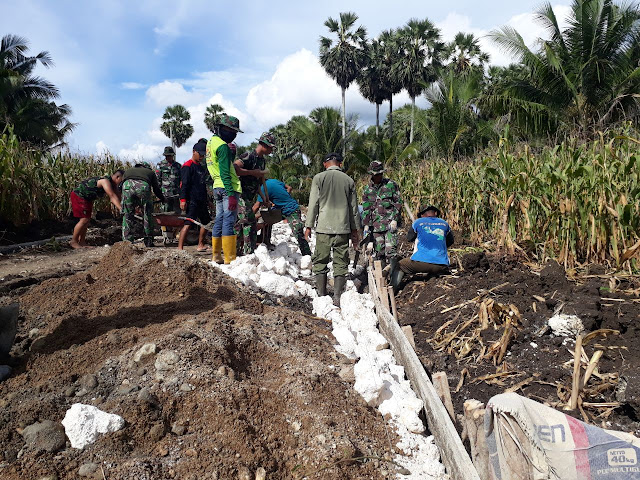 Satgas TMMD ke 104 Kodim 1407/Bone Kerja Bakti Bersama Warga Desa Lallatang