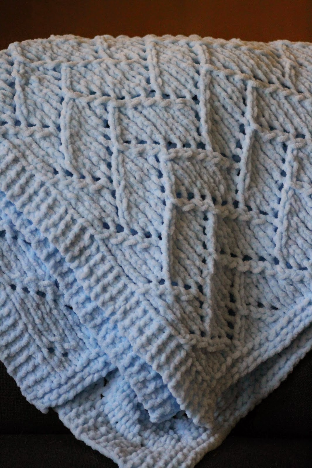 Balls to the Walls Knits: Bricklayer's Lace Baby Blanket