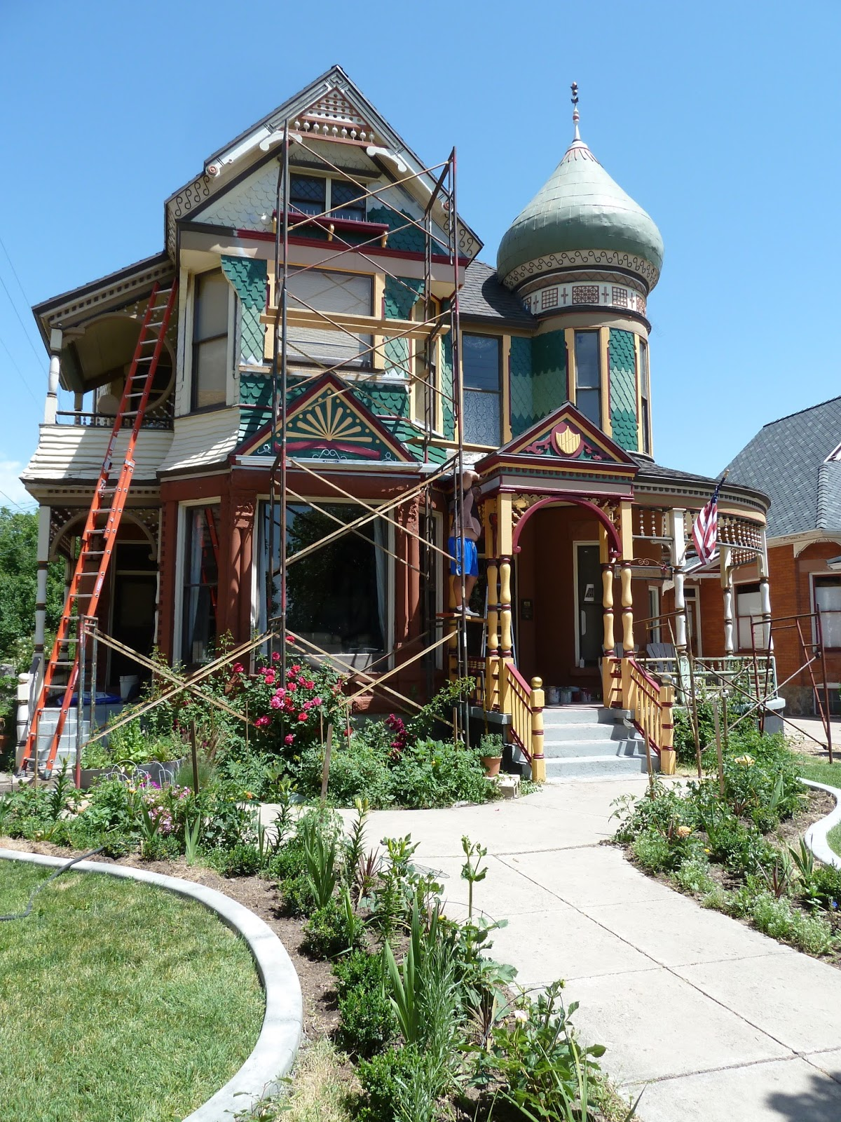 Cool House in Union Station's Neighborhood Spiffed Up