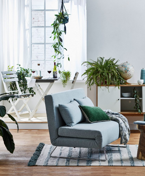 Choosing furniture that serves more than one purpose for small living spaces