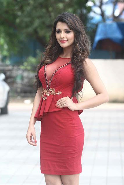 Ruhi Singh Cute
