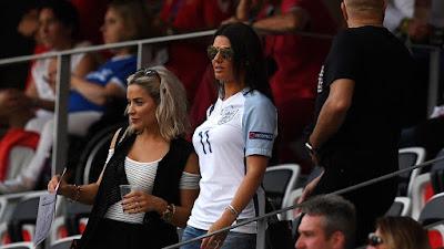 Buset! Istri Pemain Timnas Inggris Ini Puasa 'Berhubungan' Selama Piala Dunia 2018. Emang Ngaruh Gitu?