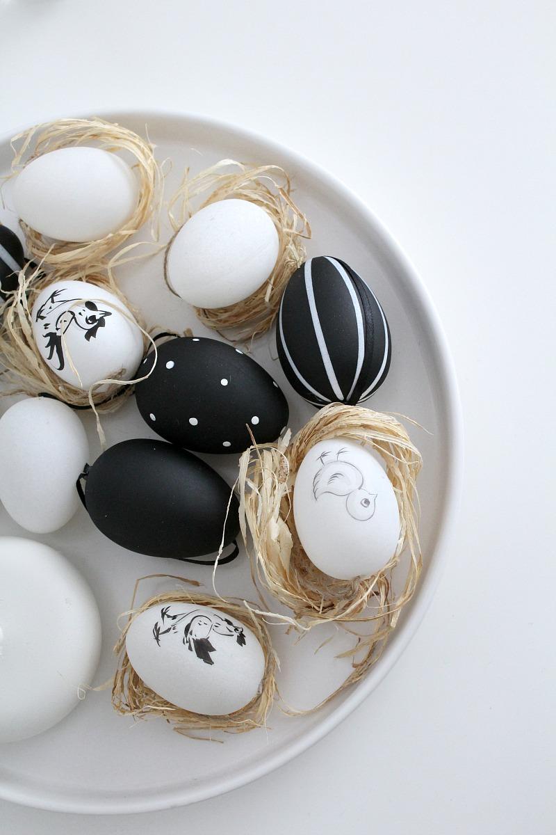 mustavalkoiset pääsiäiskoristeet