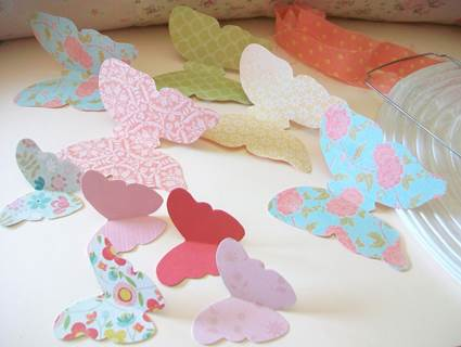 Paper lamp decorated with butterflies 3