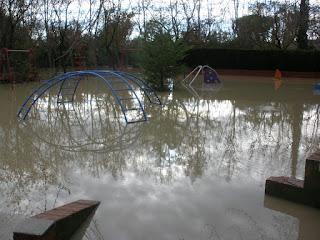Parque de Zuera inundado