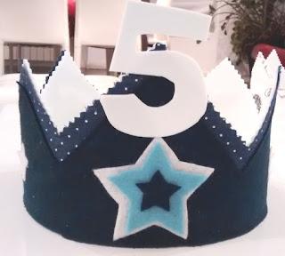 corona cumpleaños personalizada