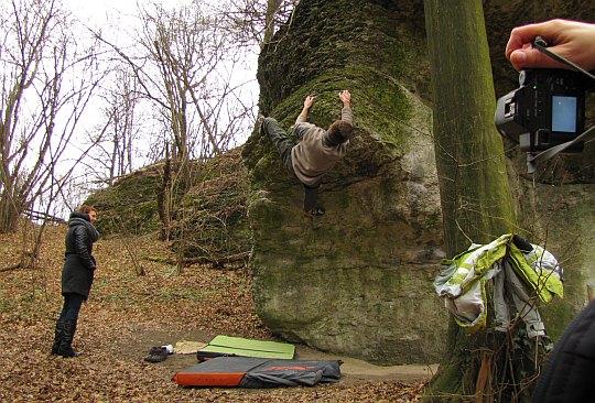 Pokaz boulderingu.