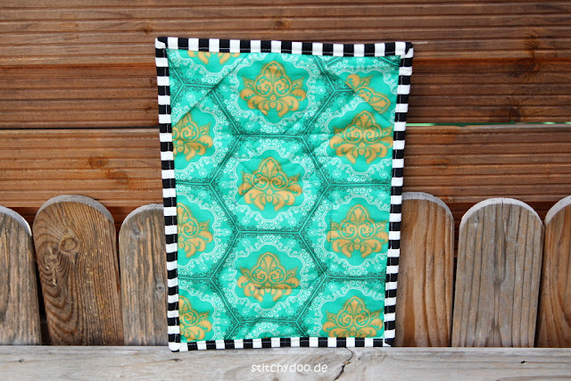 stitchydoo: Ananas Mini Quilt | Jeans-Recycling trifft Patchwork {Foundation Paper Piecing Freebie}