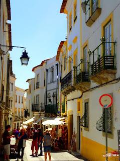 Rua5 de Outubro Evora Portugal