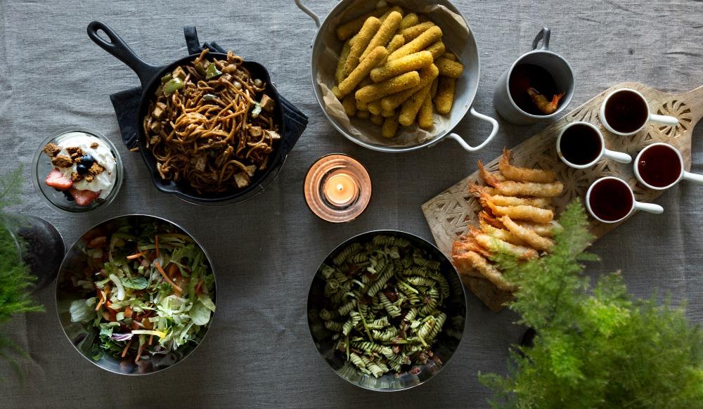 brunssi, ruoka, food, valokuvaus, valokuvaaminen, Visualaddict, valokuvaaja, Frida Steiner, koti, inspiraatio, pastasalaatti, wok, jälkiruoka