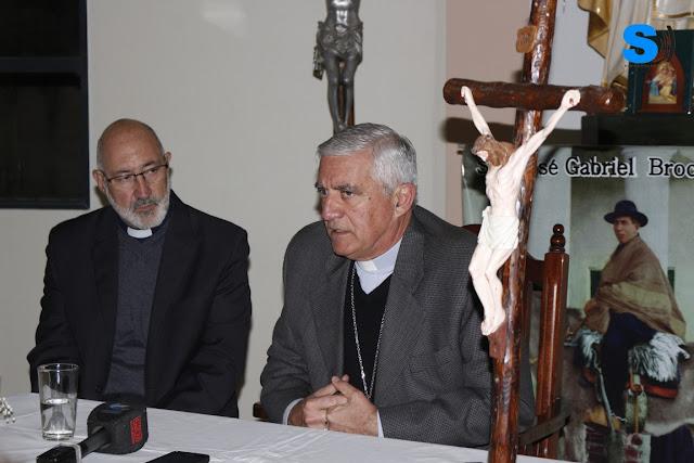 """Monseñor Uriona dijo """"crisis son las nuestras"""" en conferencia de prensa"""