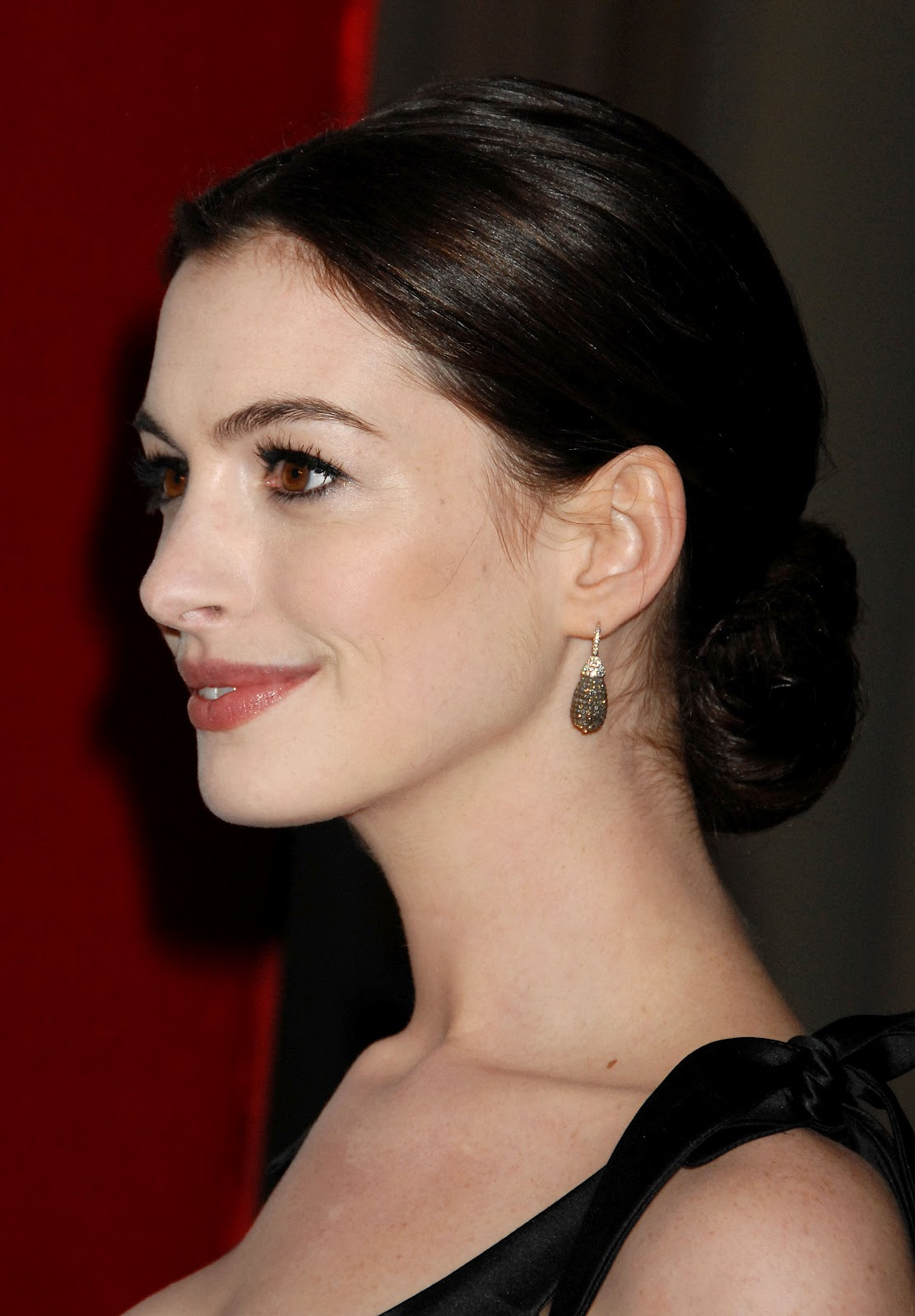 Anne Hathaway pictures gallery (11) | Film Actresses Anne Hathaway
