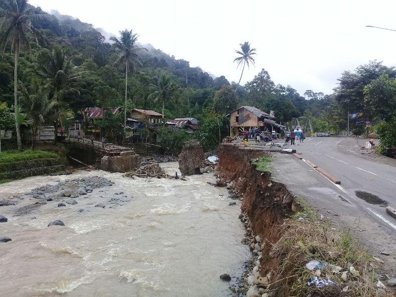 Dinsos Lambar Siap Bantu Korban Banjir