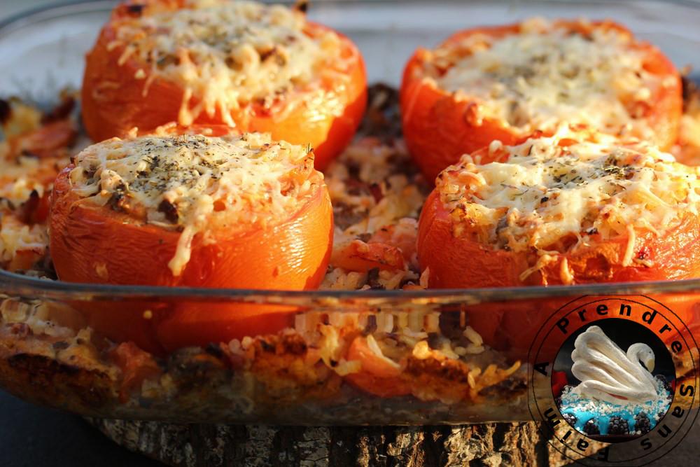 Tomates farcies au riz et bœuf