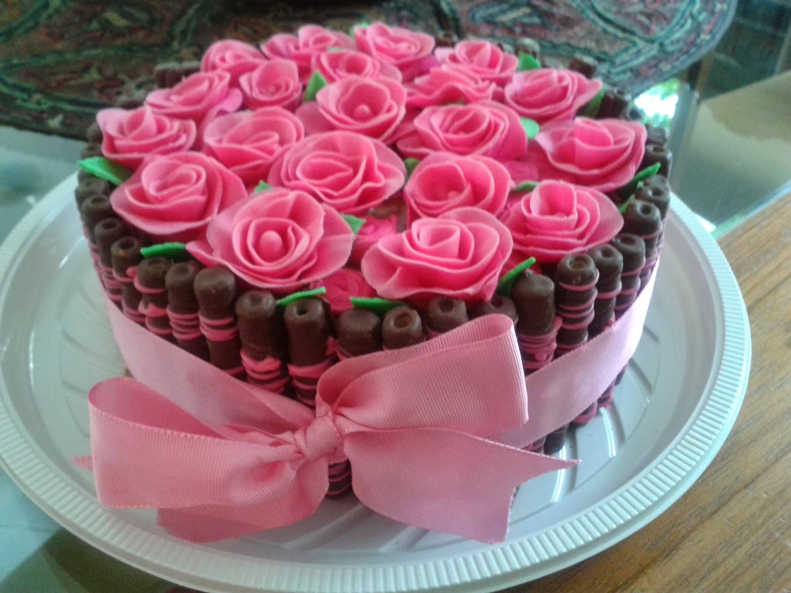 Flores De Aniversario: Caroline Lanzoni Cake Designer: Bolo Tubetes Com Flores De