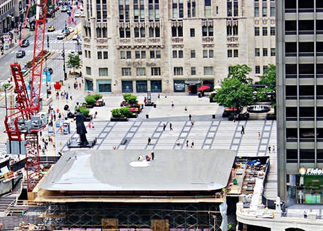 The New Apple Store In Chicago Has A Giant MacBook On The Roof - New apple store in chicago will have a giant macbook as its roof