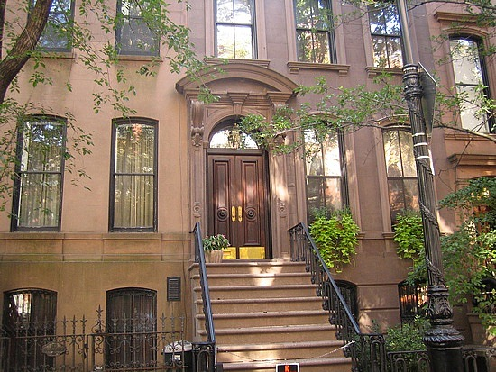 Cabina Armadio Di Carrie Bradshaw.Seaseight Design Blog Tv Interior Design Sex And The City