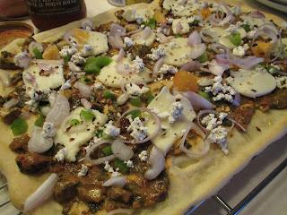 Chicken Saag Pizza