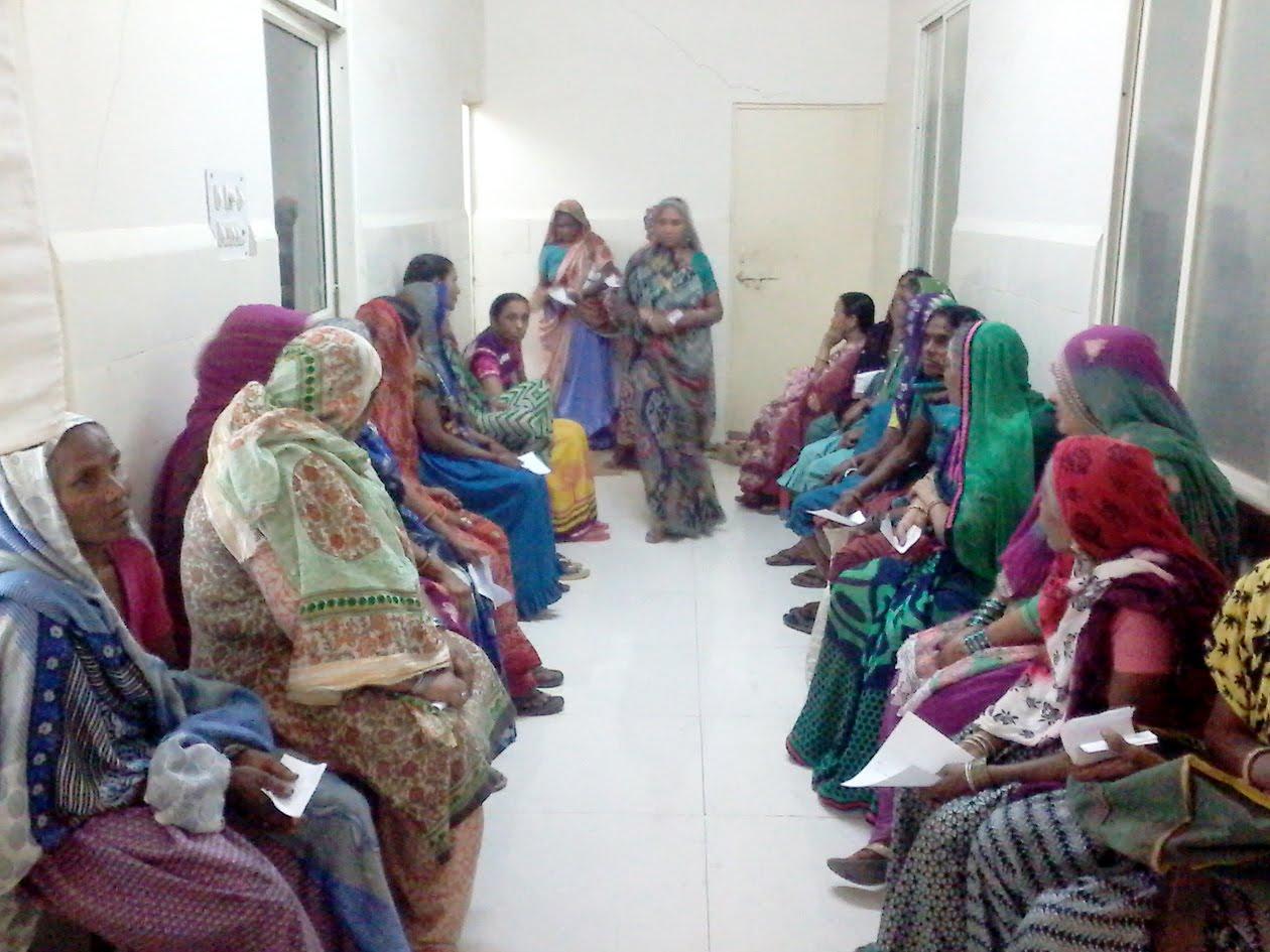 ayush-two-day-mega-camp-427-patients-were-registered-on-the-first-day-दो दिवसीय आयुष मेगा शिविर का हुआ शुभारंभ, प्रथम दिन 427 मरीजों का हुआ पंजीयन