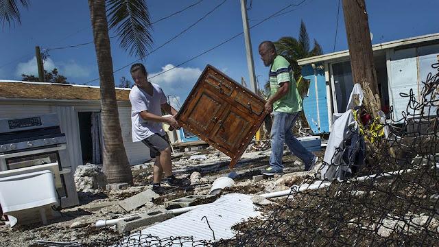 María se vuelve huracán mientras afectados todavía se recuperan de Irma